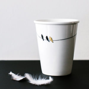 tasse en porcelaine et or oiseaux