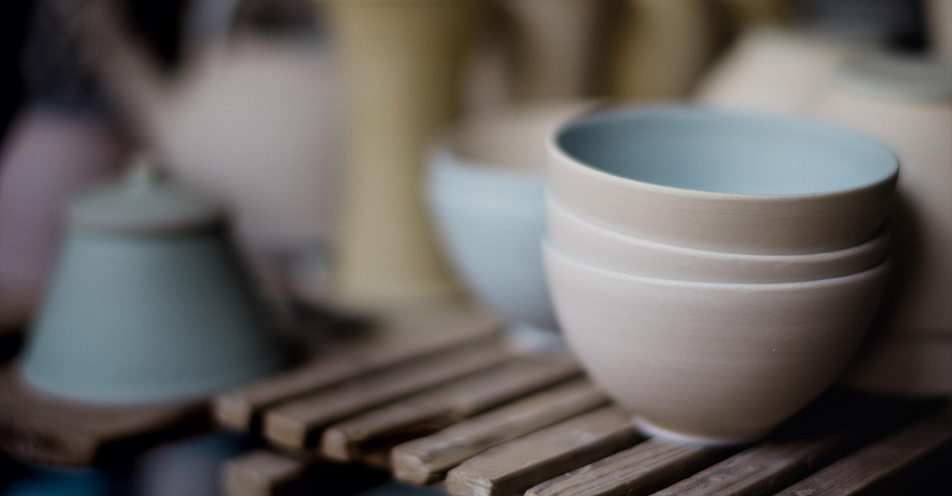 Bol en céramique fait de manière artisanal à Bruxelles