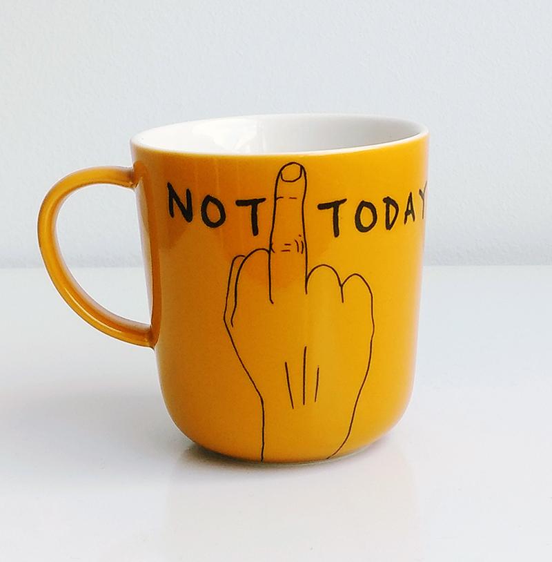 mug not today jaune